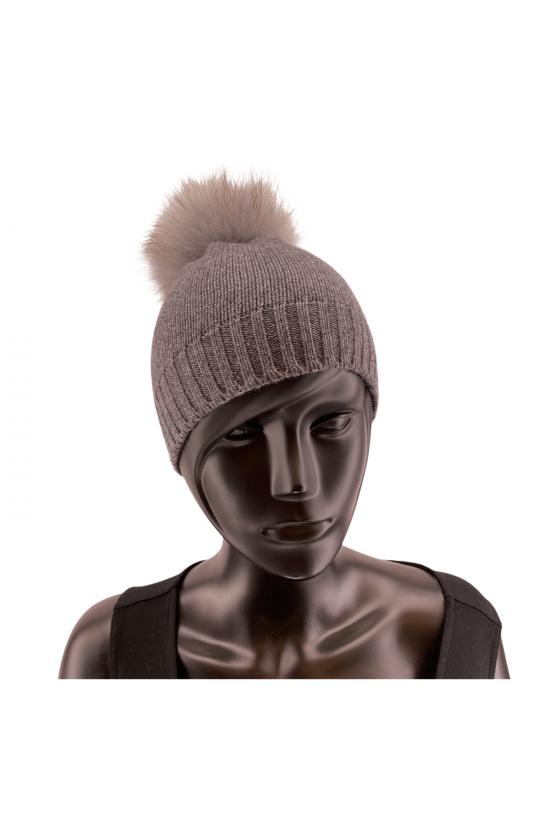 Bonnet tricot avec pompon